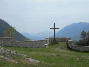 Civita d'Antino - croce sulla Valle Roveto che ispirò il grande P.S. Kroyer