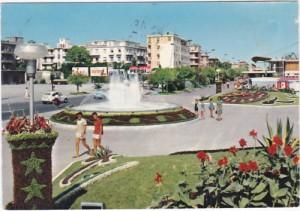 Pescara - orologio e fontana