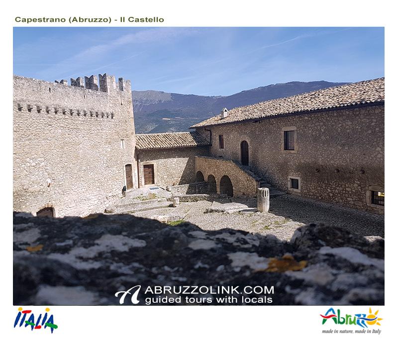 Capestrano - Castello Piccolomini