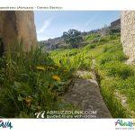 capestrano-il-borgo-storico-2
