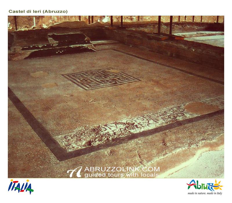 Castel di Ieri: Tempio Italico