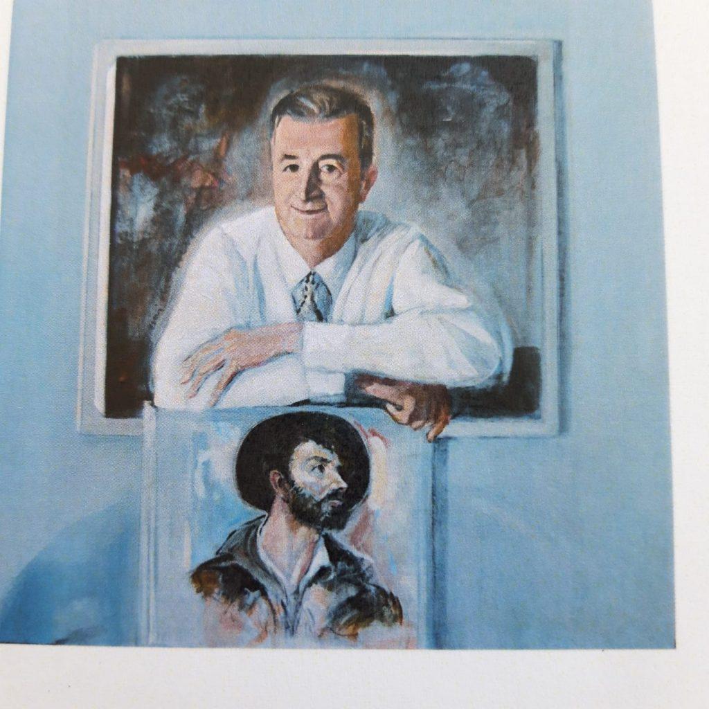 Renato Colantonio ritratto con una delle opere della raccolta